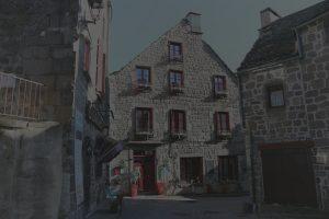 Facade maison d'hôtes Aaisa à Besse dans le Sancy