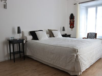 King-size bed, guest-room in Auvergne